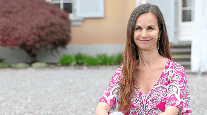 Jasmin hat Dystonie und erzählt von ihrem Leben mit zervikaler Dystonie