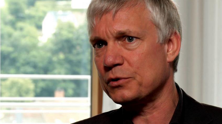 Dystonie Experte Dr. phil. Andreas Loh informiert über die Dystonie Therapie